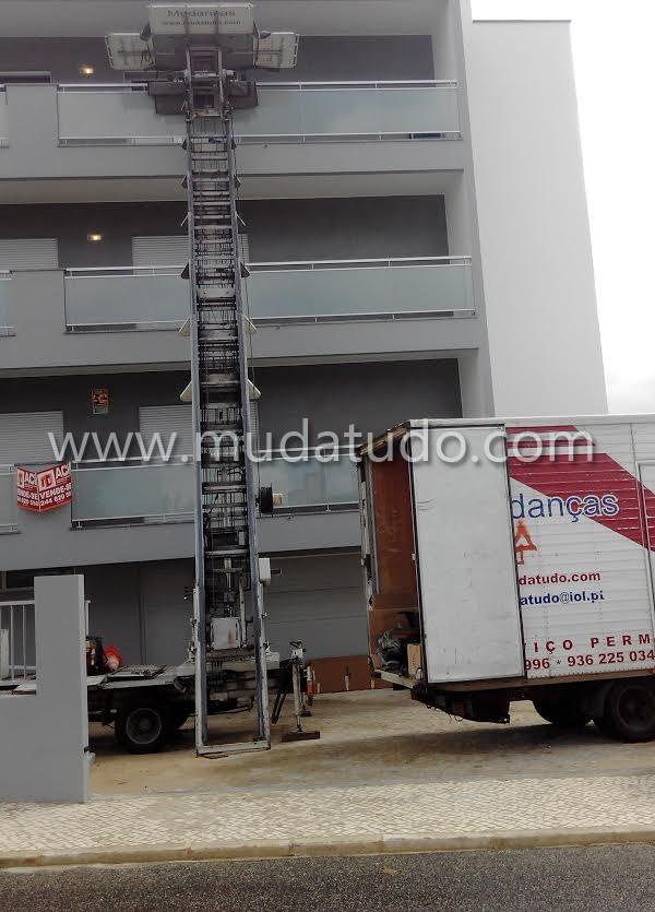 Elevador Exterior, mudanças exteriores, mudancas com elevador, elevadores exteriores, mudanças com elevador exterior, carro elevador