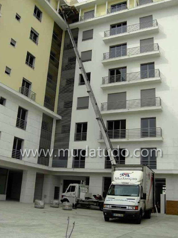 Exterior lift, exterior changes, changes with elevator, exterior elevators, changes with exterior elevator, elevator car