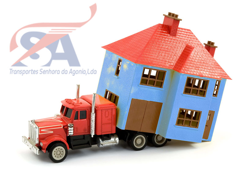 Living in Portugal, moving companies, moving services, international, Removals, United Kingdom, England